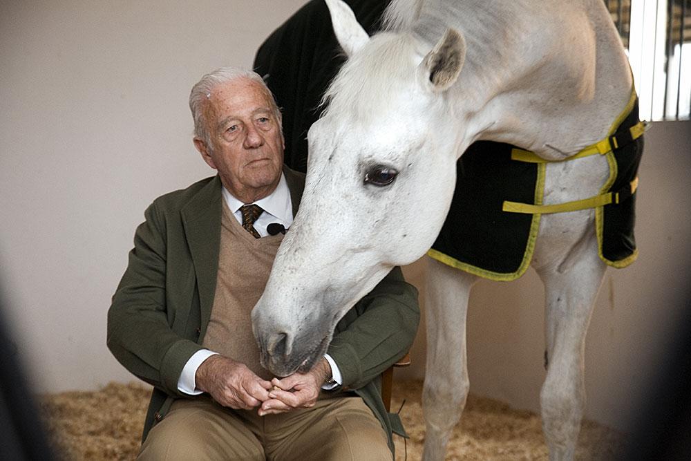Don Miguel Ángel de Cárdenas with horse Fuego de Cárdenas (1998)