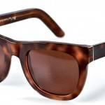 Havana Glitter by Super Sunglasses (127 €).